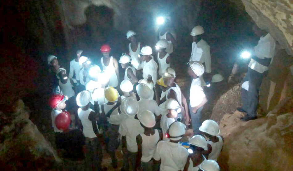 Cave adventure for students from Tsumeb